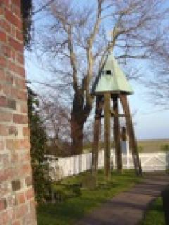 Glockenturm auf Kirchwarft